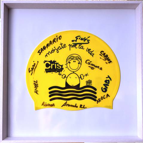 Gorro firmado por los nadadores